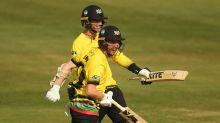 Gloucestershire beatSomerset off the final ball, securing a Vitality Blast home quarter-final