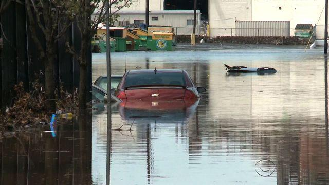 Downpour leads to rescues, evacuations in Philly area