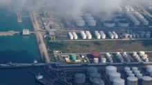 Spring oil flood causes summer queues in Chinese ports