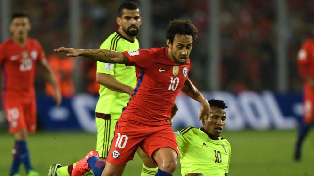 """Valdivia: """"El resto de las selecciones deberían estar preocupadas de jugar con Chile"""""""