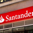 Santander sets aside another €2.5bn to cover potential losses