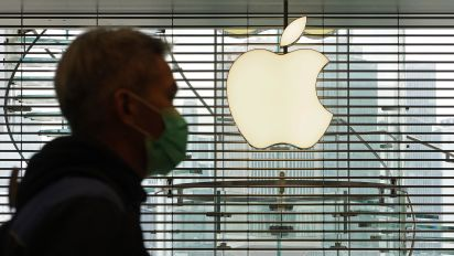 Stocks tumble after Apple warns of coronavirus impact