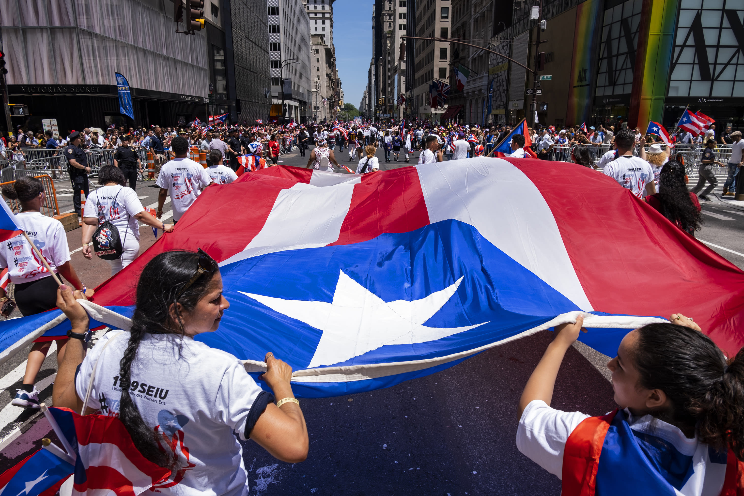 Puerto Rican Day Parade honors arts, culture trailblazers