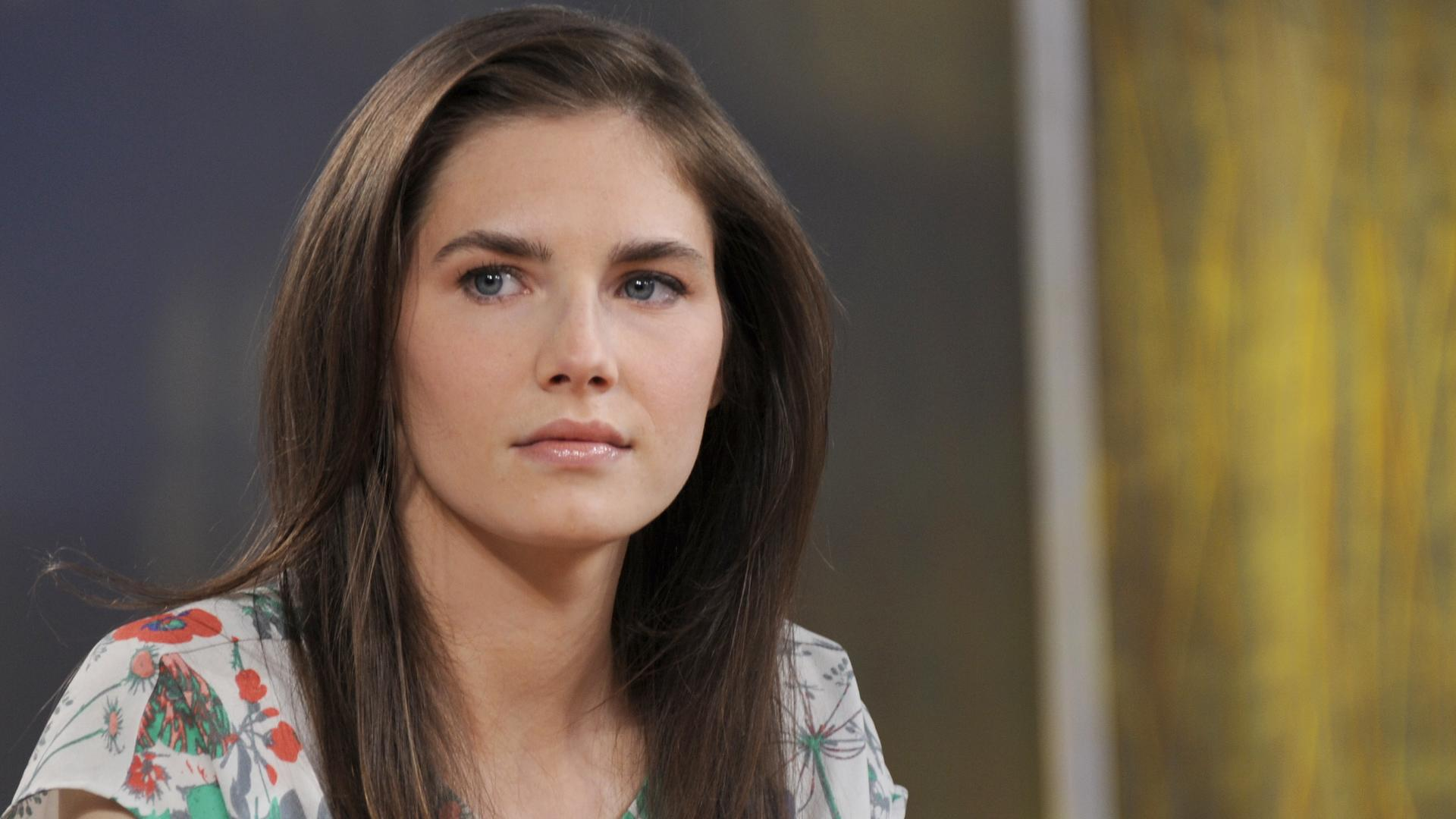 amanda knox Italy's supreme court has overturned the murder conviction of american amanda knox and her former boyfriend in the 2007 slaying of her british roommate.