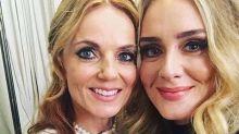 Fã de Spice Girls, Adele se emociona em show do grupo musical
