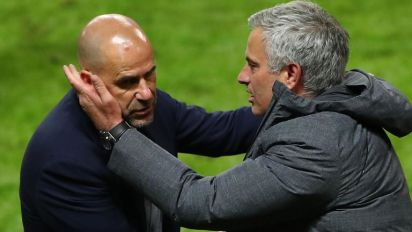 Ajax head coach Peter Bosz critical of Manchester United's 'long ball' tactics in Europa League final
