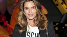 Cindy Crawford Creates A Supermodel-Worthy 11-Layer Burger
