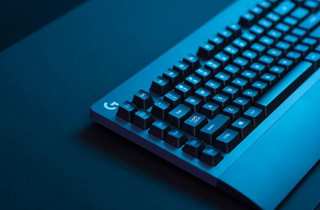 Logitech's latest no-lag wireless gear includes a mechanical keyboard