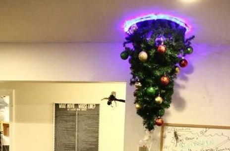 Portal Christmas tree doubles our holiday cheer