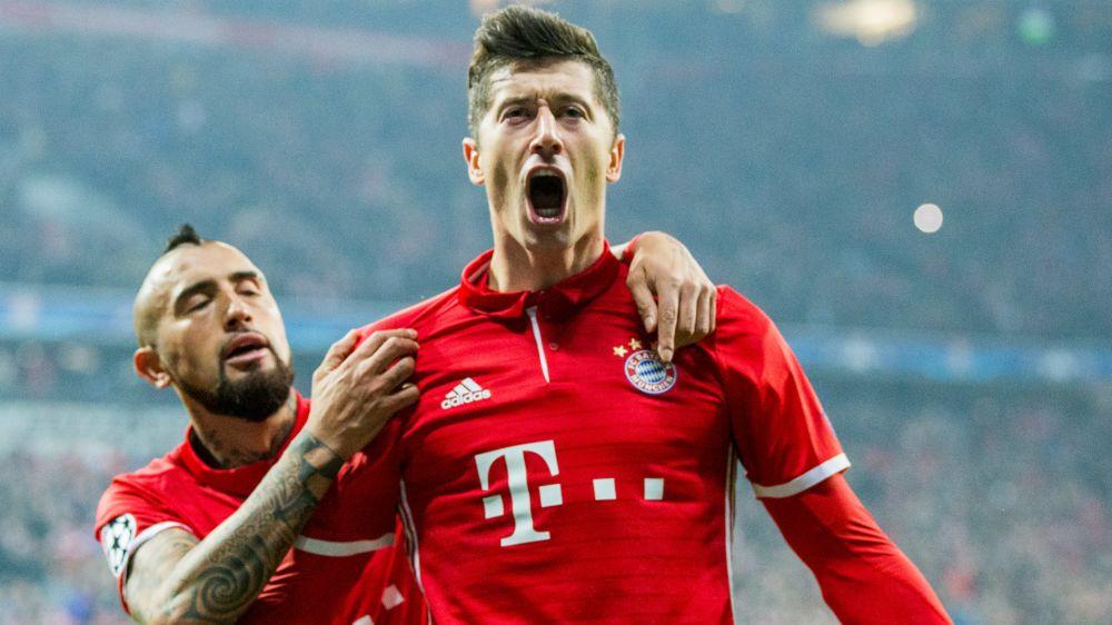 Easy to see why Ronaldo wants Lewandowski, but would Bayern striker want Real Madrid move?