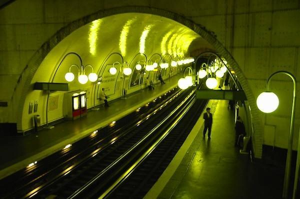 Wasted heat from Metro stations to heat apartment building in Paris