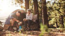 Alguns idosos no Canadá passam quarentena acampados em parques