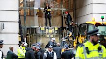 Extinction Rebellion climate change activists defy police ban on London protests
