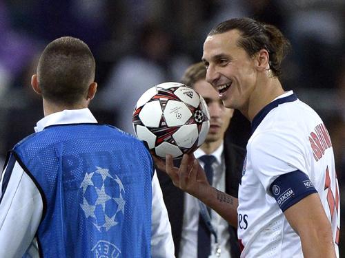 What a Screamer! The F2 Freestylers recreate classic Zlatan goal