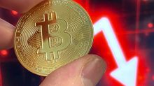 Bitcoin leads cryptocurrency market sell-off
