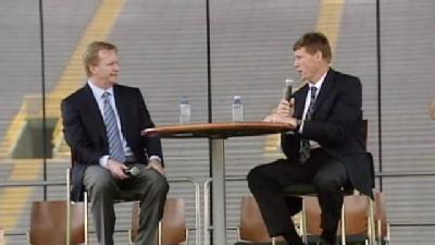 NFL Commissioner Attends Packer's Annual Shareholders Meeting