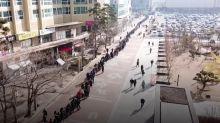 Coronavírus: drone mostra fila enorme por máscaras na Coreia do Sul