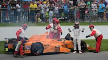Fernando Alonso's Indy 500 ends 21 laps early because of an engine failure