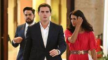 Cs pide una abstención condicionada a Sánchez que el PP no aclara si apoyará