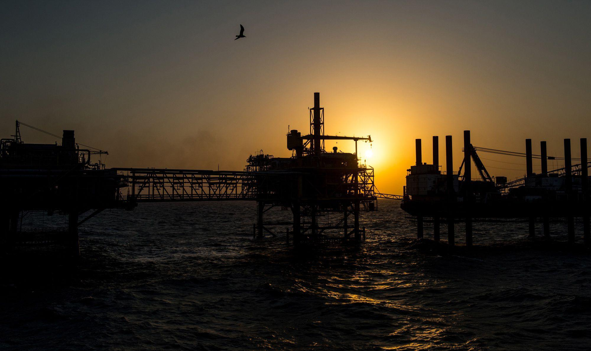 Brent Oil Soars Above $80 as Global Energy Crunch Shakes Markets