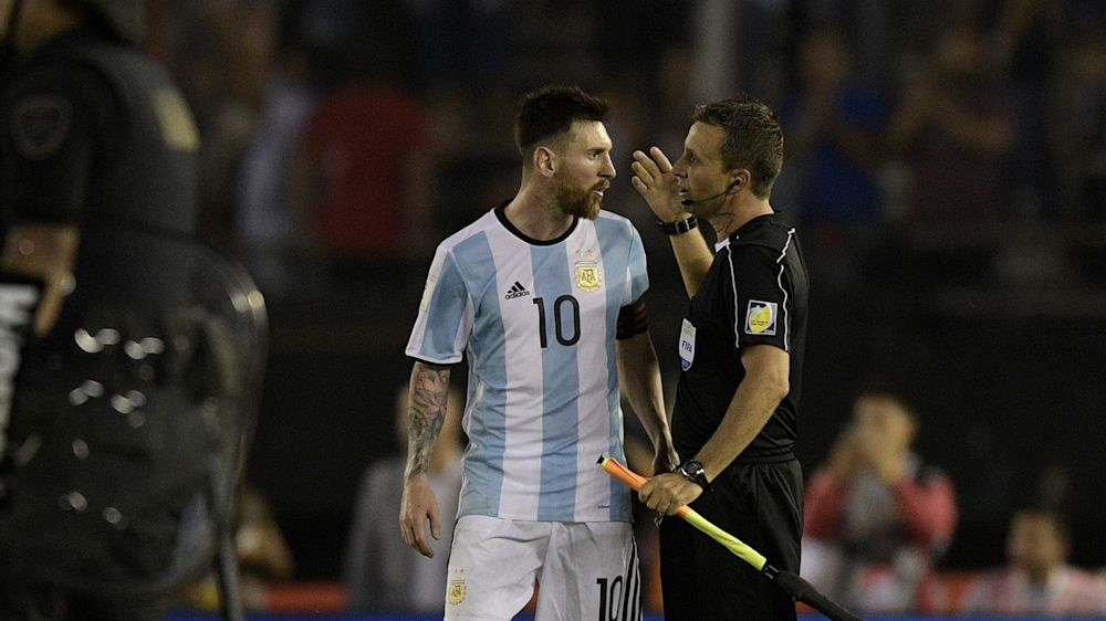 La AFA pidió que FIFA dé por cumplida la sanción a Messi