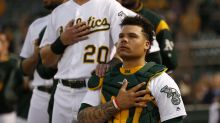 Report: Bruce Maxwell, first MLB player to kneel during national anthem, signs with Mets