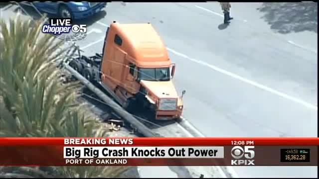 Big Rig Crashes Into Oakland Power Pole, BART Delays Expected