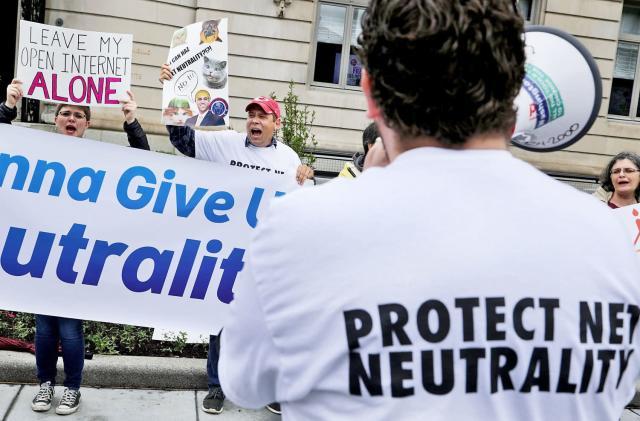 Senators ask FBI to investigate FCC's alleged cyberattack