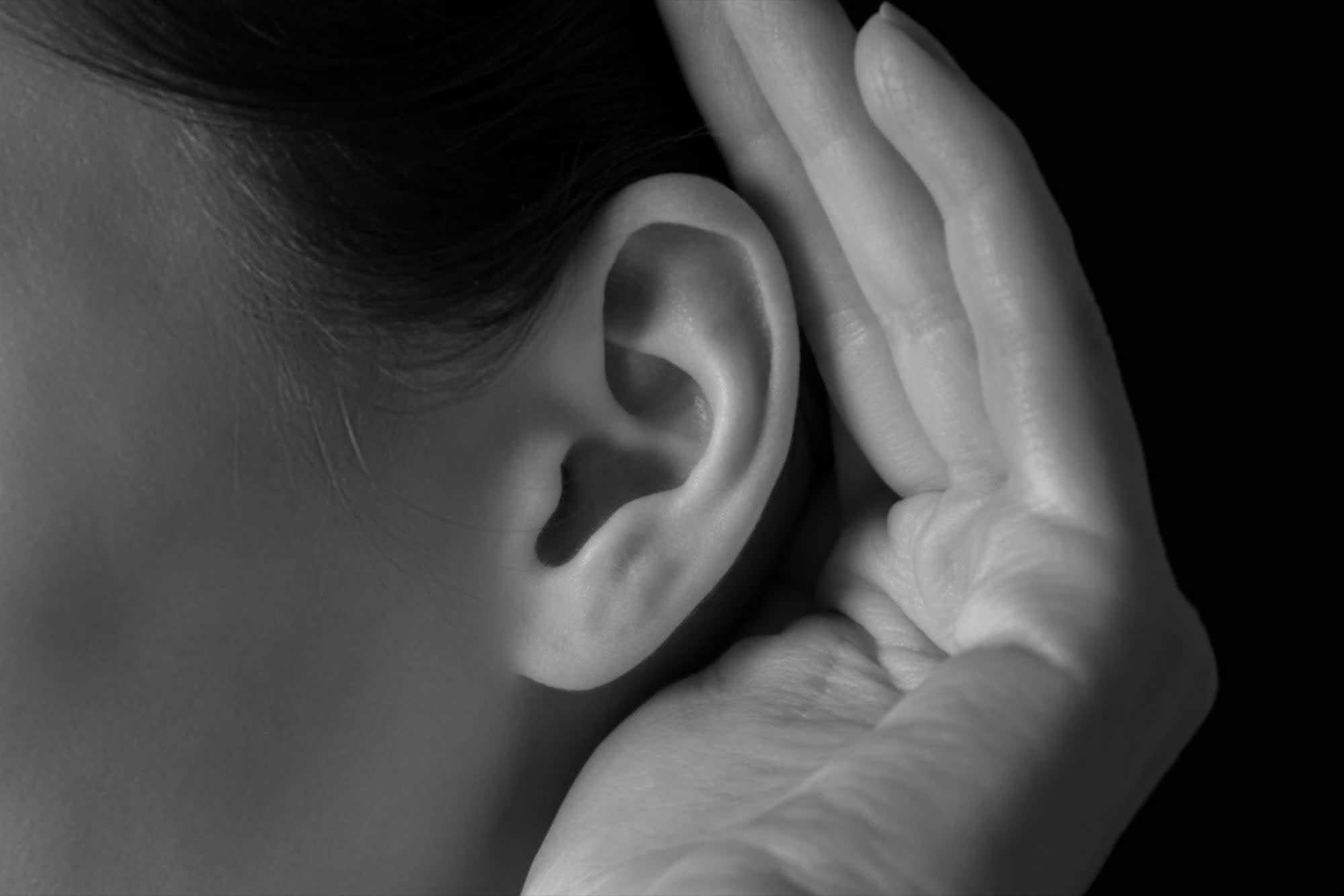 казахстане рука у уха картинка длинная