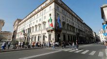 Italia mantiene sus presupuestos, pero dice que vigila la deuda y el déficit