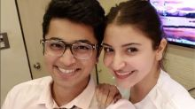 Anushka Sharma looks ADORABLE in this picture with her friend