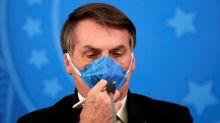 """Bolsonaro cita """"neurose"""" e """"histeria"""" com coronavírus e se mostra otimista com hidroxicloroquina"""