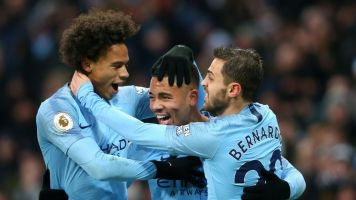 Man City beats Everton, goes to top of table