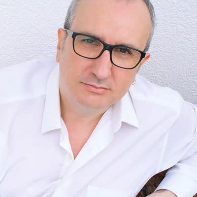 Alfred López