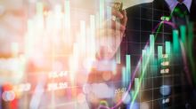 Bank Stocks Hit 52-Week Low: Should Investors Stay Away?