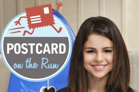 Postcard on the Run giveaway: discounts, free postcard packs and a personal card from Selena Gomez!