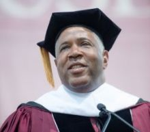 Billionaire to pay off all Morehouse graduating seniors' student loans