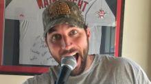 Adam Wainwright covers Luke Bryan hit to promote charity karaoke event