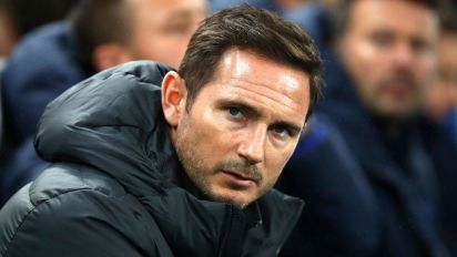 Chelsea sacks club legend Lampard