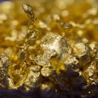 Barrick to Play It Safe Even as Wave of Pandemic Aid Boosts Gold