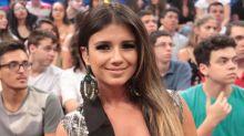 Paula Fernandes ignora fãs e é xingada em gravação de TV