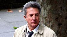 Dustin Hoffman es acusado de exhibirse ante una menor y de acosar a otras dos mujeres