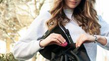 Dieser Taschenreiniger hält deine Tasche immer sauber
