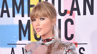 Taylor Swift gets political — once again