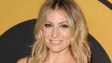 Ari Graynor Learned to Love Her Curls — and Found Her Voice