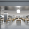 Watch a crazy man go on a rampage in an Apple store, smashing dozens of iPhones and Macs