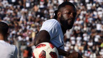 Olimpia activa el 'Plan Retorno' para Adebayor y el cuerpo técnico
