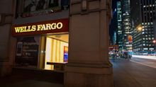 Wells Fargo Shares Slide as Bank Sees Long Road on Costs