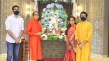 Ganesh Chaturthi: Maharashtra CM Uddhav Thackeray performs 'arti', seeks blessing of Lord Ganesha