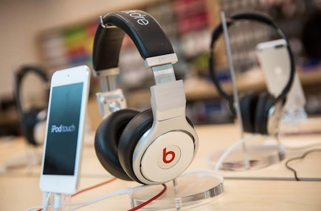 Apple acquires Beats Electronics for $3 billion